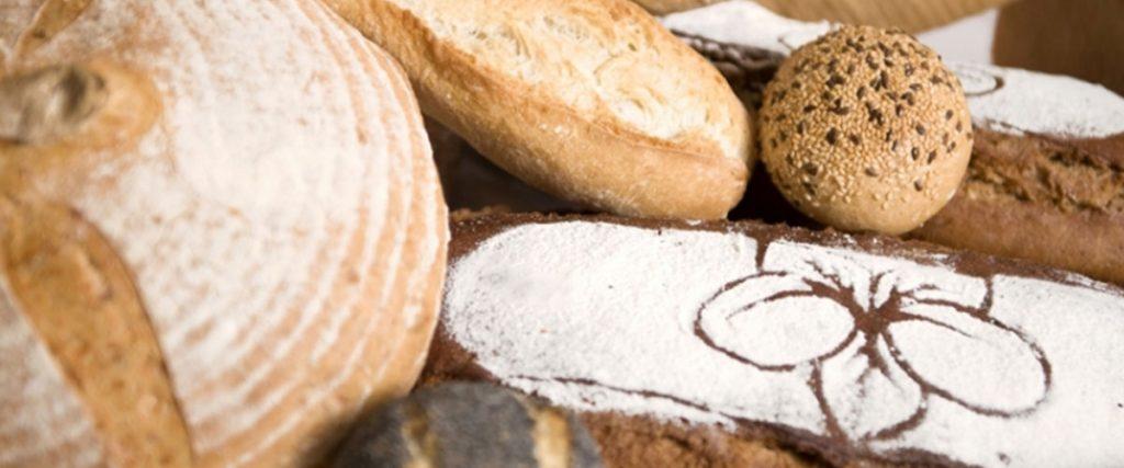 Pekáreň BAGETA pečivo, chlieb, koláče, dezerty, jednoduché pokrmy