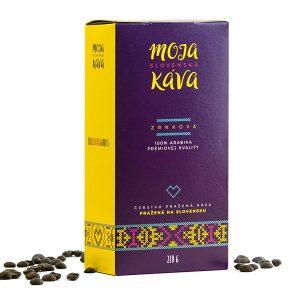 Moja slovenská káva. Zrnková káva vo folklórnom šate je dielom slovenskej pražiarne.
