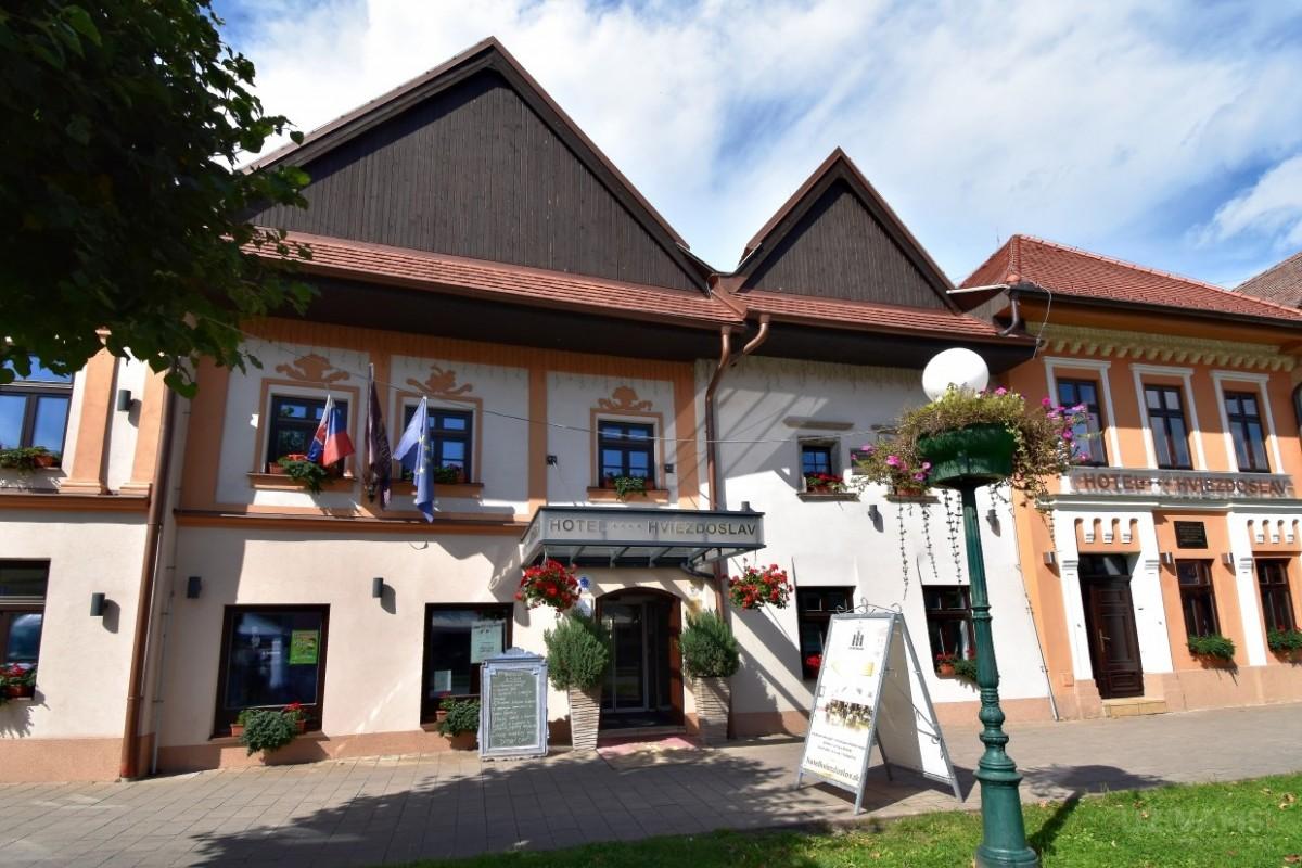 Reštaurácia Poézia - Hotel Hviezdoslav ****